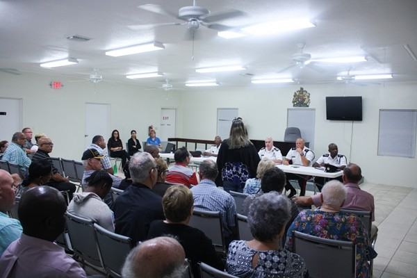 RCIPS Hosts Cayman Brac Community Meeting, 4 April