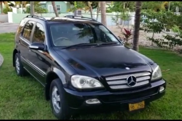 2005 Mercedes Benz SUV Reported Stolen, 22 April